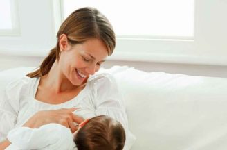 Is it safe to breastfeed while pregnant?